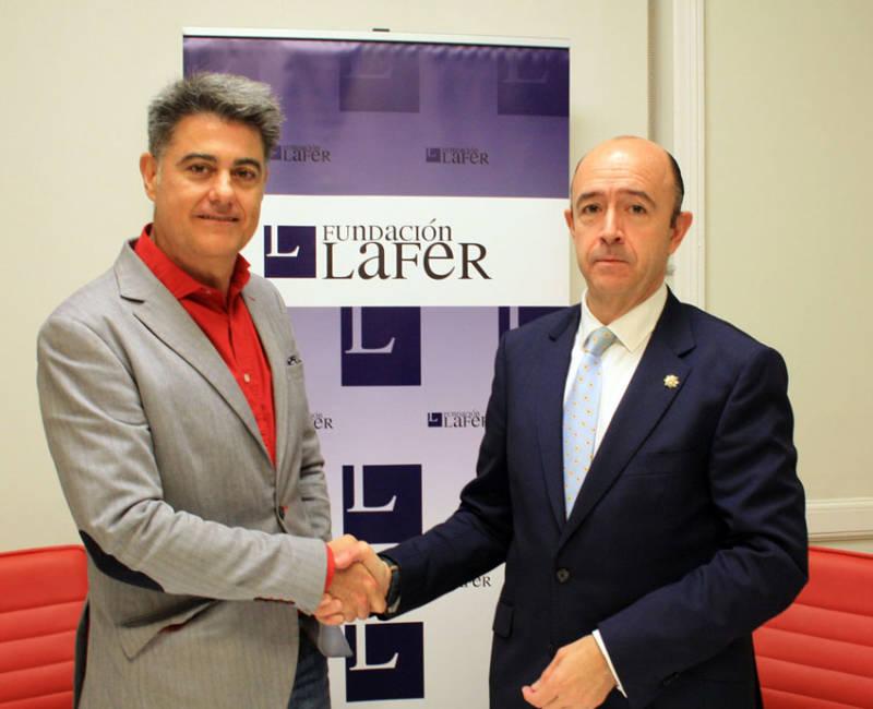 Firma convenio colaboración Fundación CESFAC y Fundación LAFER